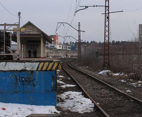 """Платформа """"Захарово"""" и линии железной дороги - тупиковый участок пути"""
