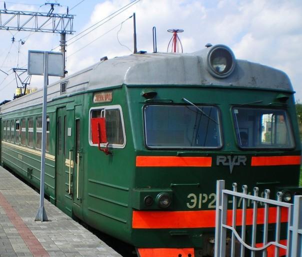 """Электропоезд на станции """"Звенигород"""""""