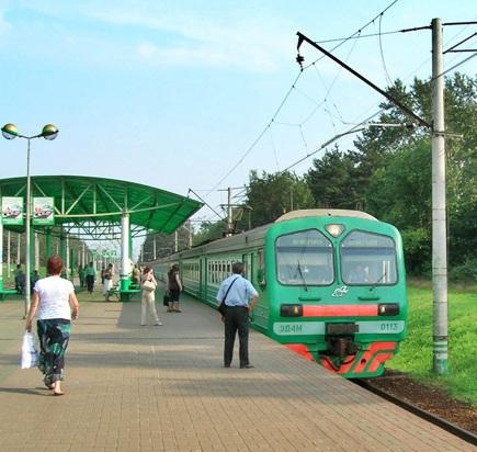 "Электропоезд на станции ""Кратово"""