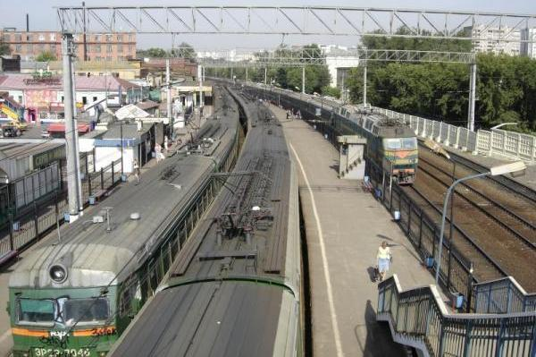 "Платформы на станции ""Серп и Молот"""