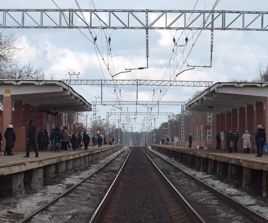"""Платформы на станции """"Долгопрудная"""""""