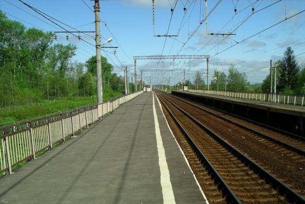 "Посадочная платформа на станции ""Стреглово"""
