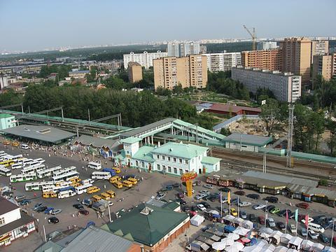 """Территория около станции """"Одинцово"""""""